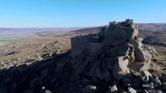Nunca te olvidaré. La leyenda del castillo de Manqueospese.