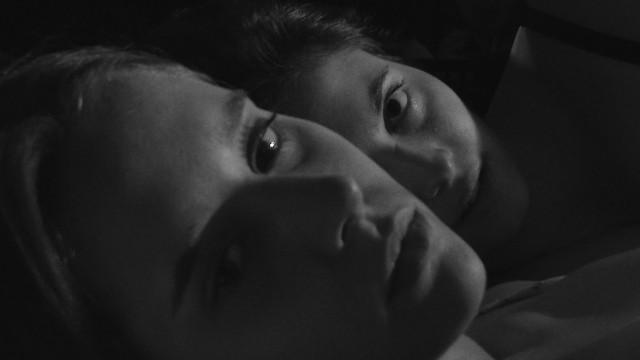 Piel suave, ojos violentos (Trailer) Lesbian Short Film LGTB.