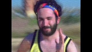 El corredor mañanero, un guarro invisible y el hooligan inglés
